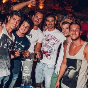 Thursday party, Terassa Beograd