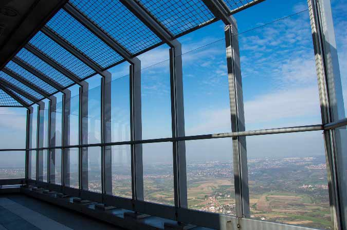 pogled sa avalskog tornja