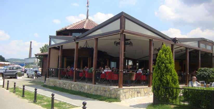 restoran x ada huja