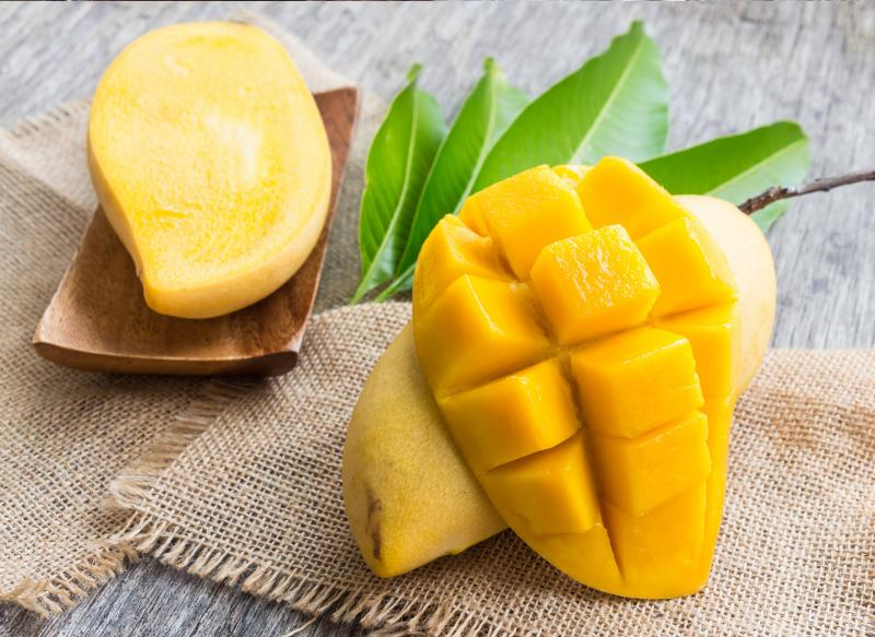 Kako se ljušti mango