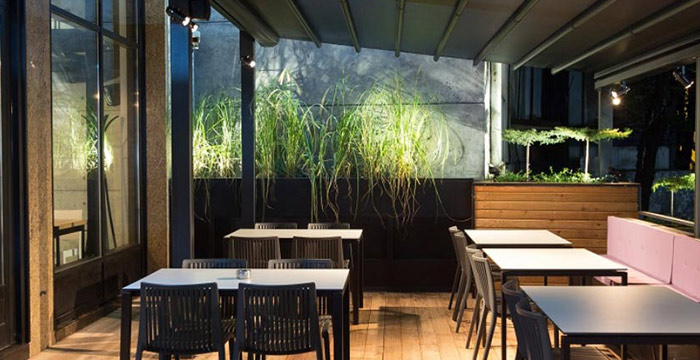 Uživajte u restoranu Lagano
