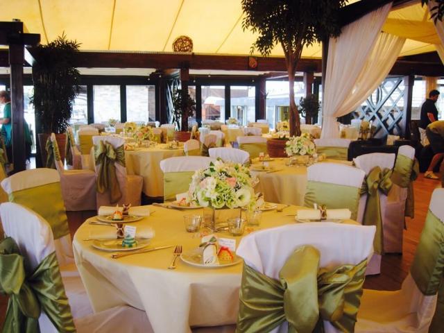 Fantastična zabava za Novu Godinu na Splavu Restoranu Amsterdam