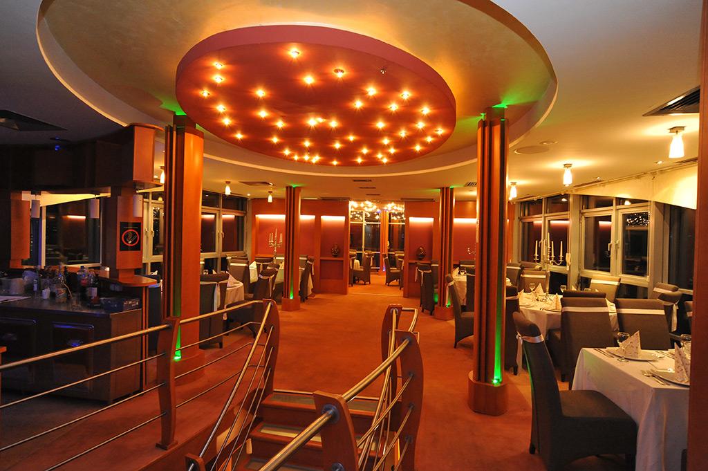 Prekrasne proslave na Splav Restoranu Sirena
