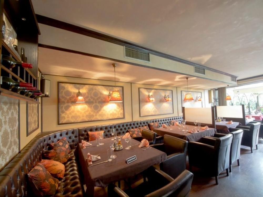 Uživajte u grandioznom enterijeru Restorana Trpeza