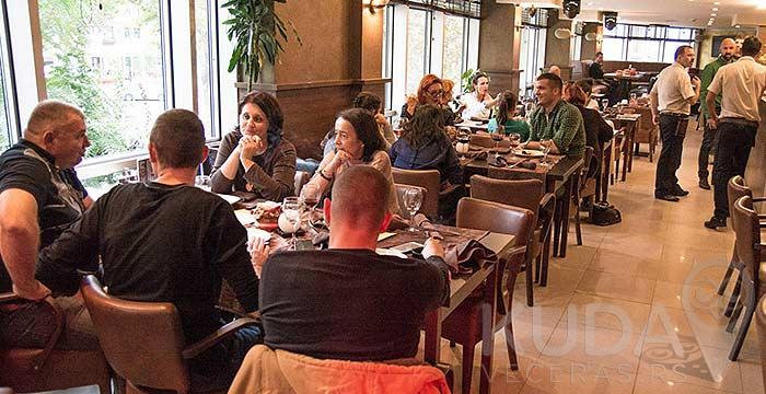Internacionalni specijaliteti u Restoranu Paprika