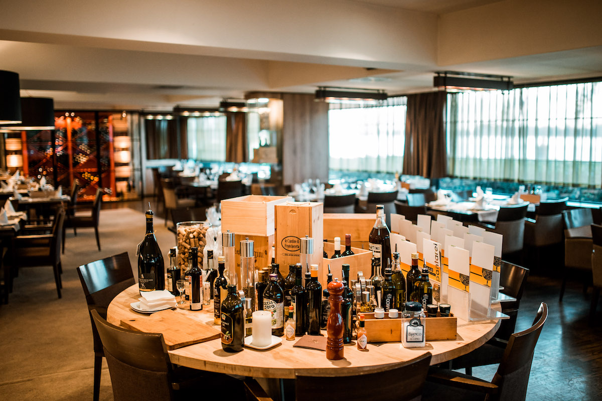 Restoran Panta Rei sa fantastičnim pogledom na Dunav