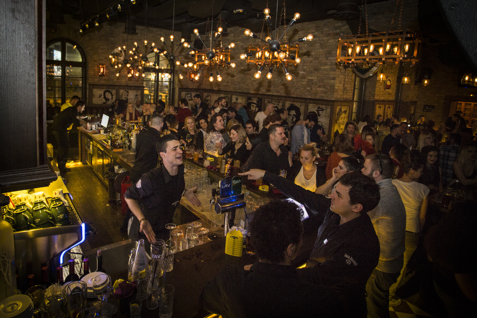 Ekskluzivna pića u Rob Roy Bar-u