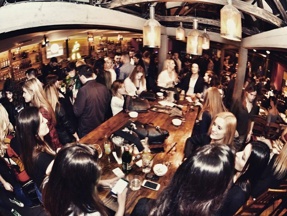 Usijani ambijent noćnog života - Cafe Bar Baraka