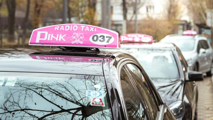 Kako pozvati taksi?