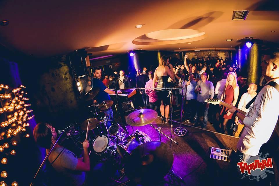 Najveće muzičke zvezde u Klub Kafani Tarapana