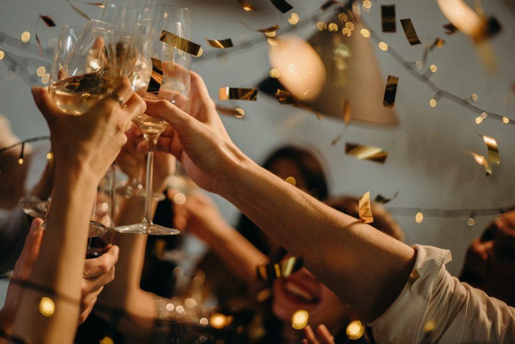 Luskuzne a opet jeftine sale za proslave!