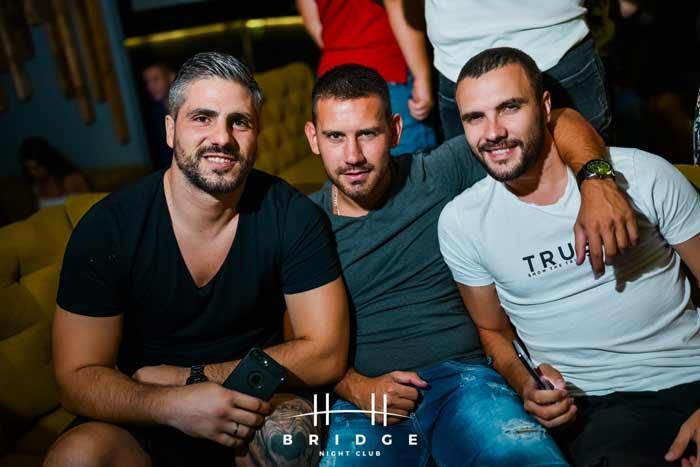 Kakve momke možete da sretnete na najpopularnijim beogradskim splavovima?
