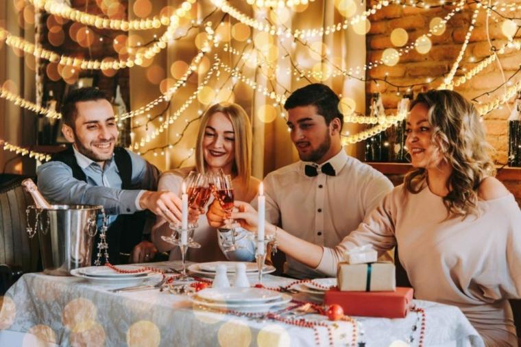 Za Novu godinu u restoran ili kafanu?