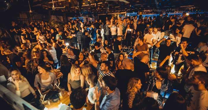 Petak na splavu Lasta - najtraženije veče u Beogradu