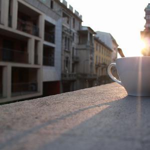 Kako će izgledati kafenisanje u bližoj budućnosti u Srbiji
