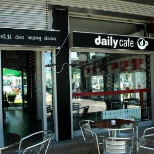 Uživajte u Vašoj svojoj omiljenoj kafi u Daily Cafe – u