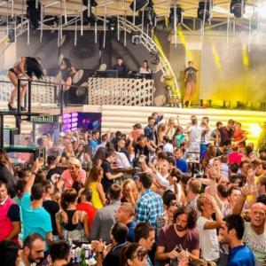 Dođite na Splav Freestyler na vrele letnje zabave uz najpoznatije DJ-eve Srbije