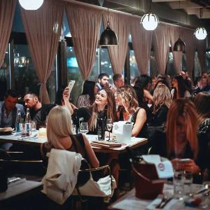 Najbolji restorani u Beogradu sa zivom muzikom Kuda Veceras