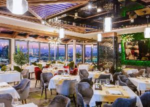 Restoran Mokum - kako je prošla Nova godina na vrhu Beograda