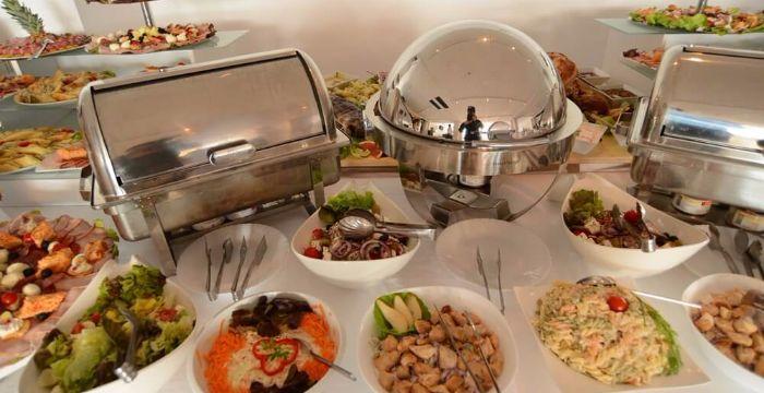 splav restoran kruna nova godinasplav restoran kruna nova godina