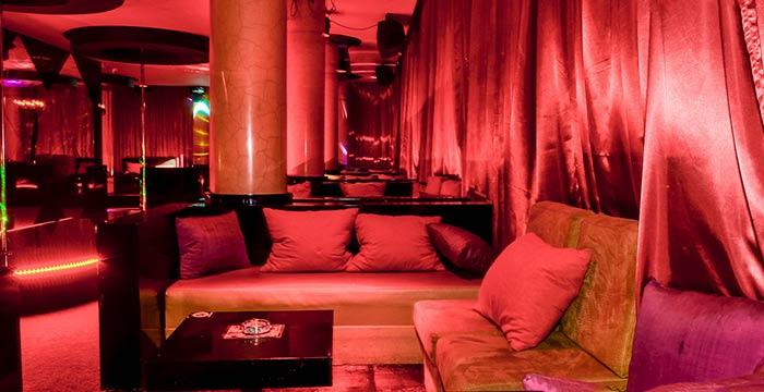 Striptiz klub Romansa Nova godina