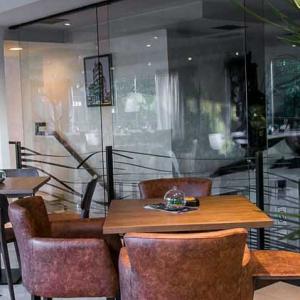 lounge bar departman