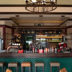 kolonija gastro pub