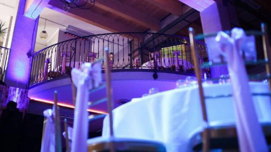 restoran lobby nova godina