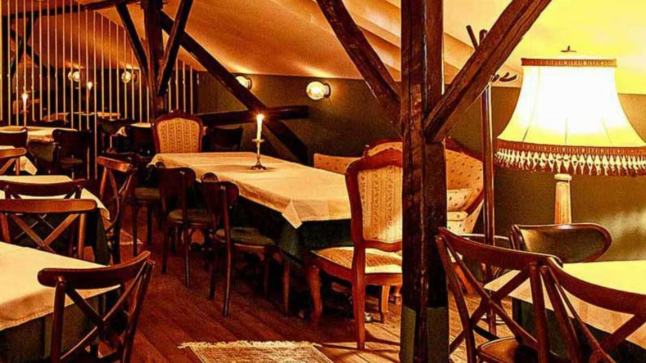 Restoran Zlatni bokal Matinee Nova godina Rezervacije