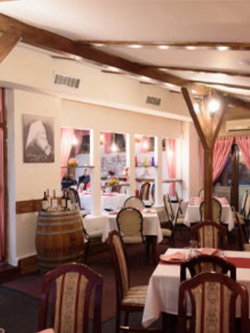 Restoran Modena Nova godina Matinee