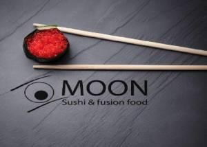 Moon sushi bar